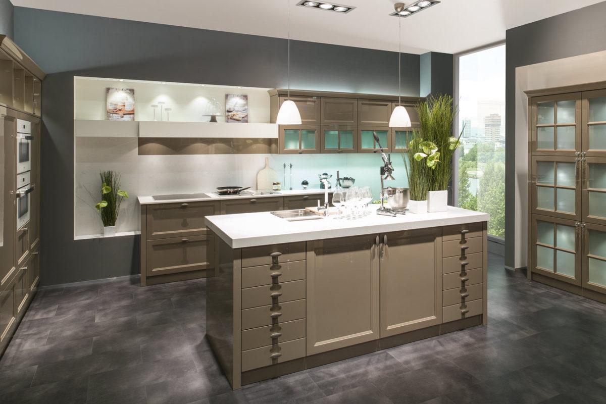 1340 3 1200x800 - Bucătăria MONACO gloss (Beckermann Kuchen)