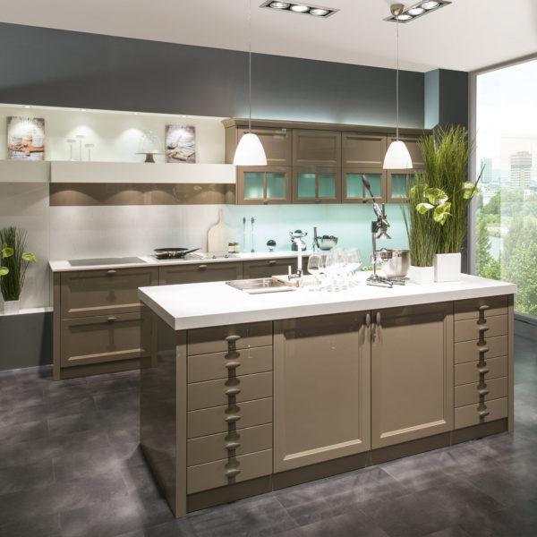 1340 3 600x600 - Bucătăria MONACO gloss (Beckermann Kuchen)