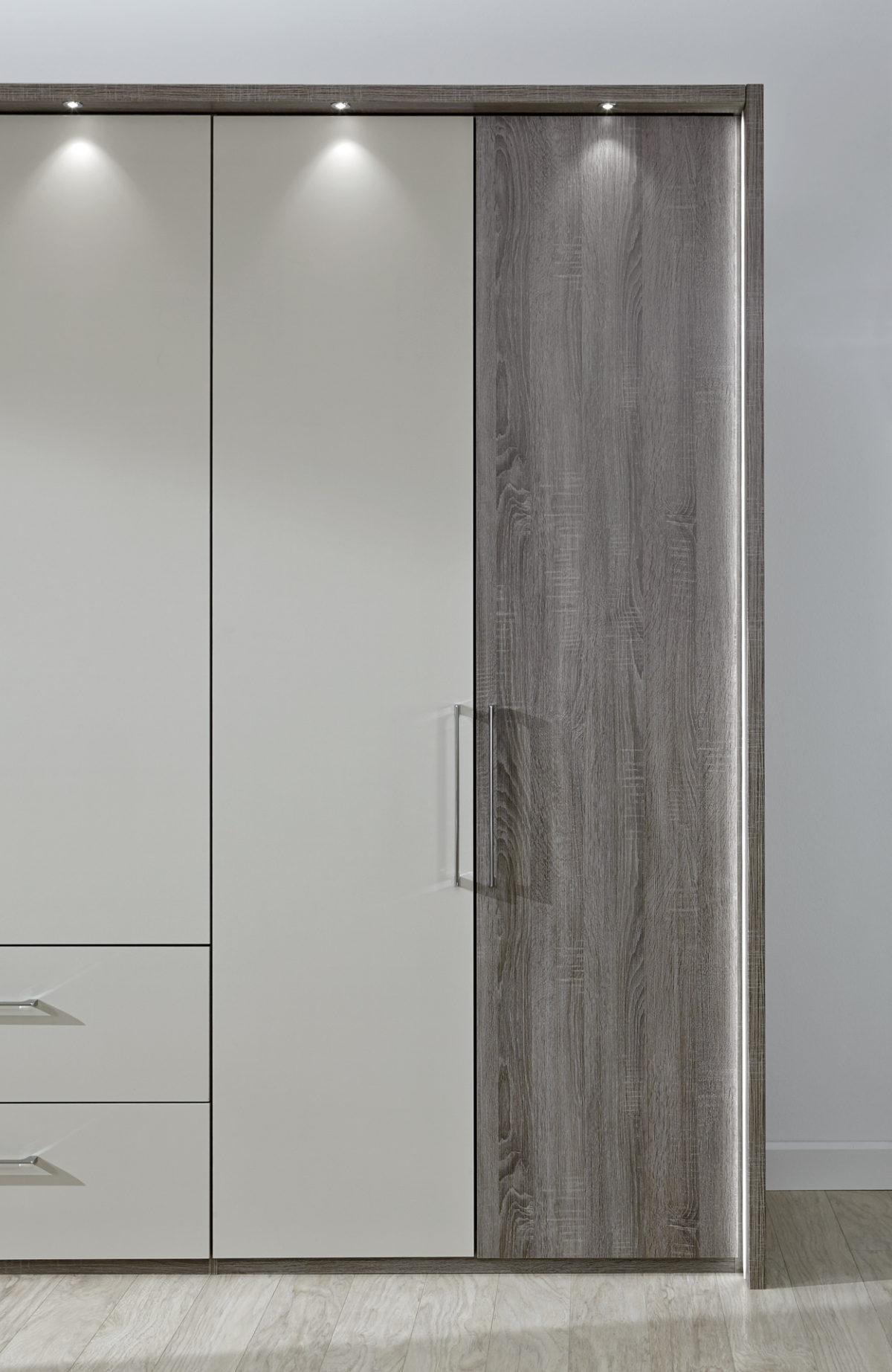 ANDORRA 26935 15 TrueffeleicheNBAbs.Champagner D. Detail Schrankfront 1200x1845 - Dulap Andorra   (Wiemann)