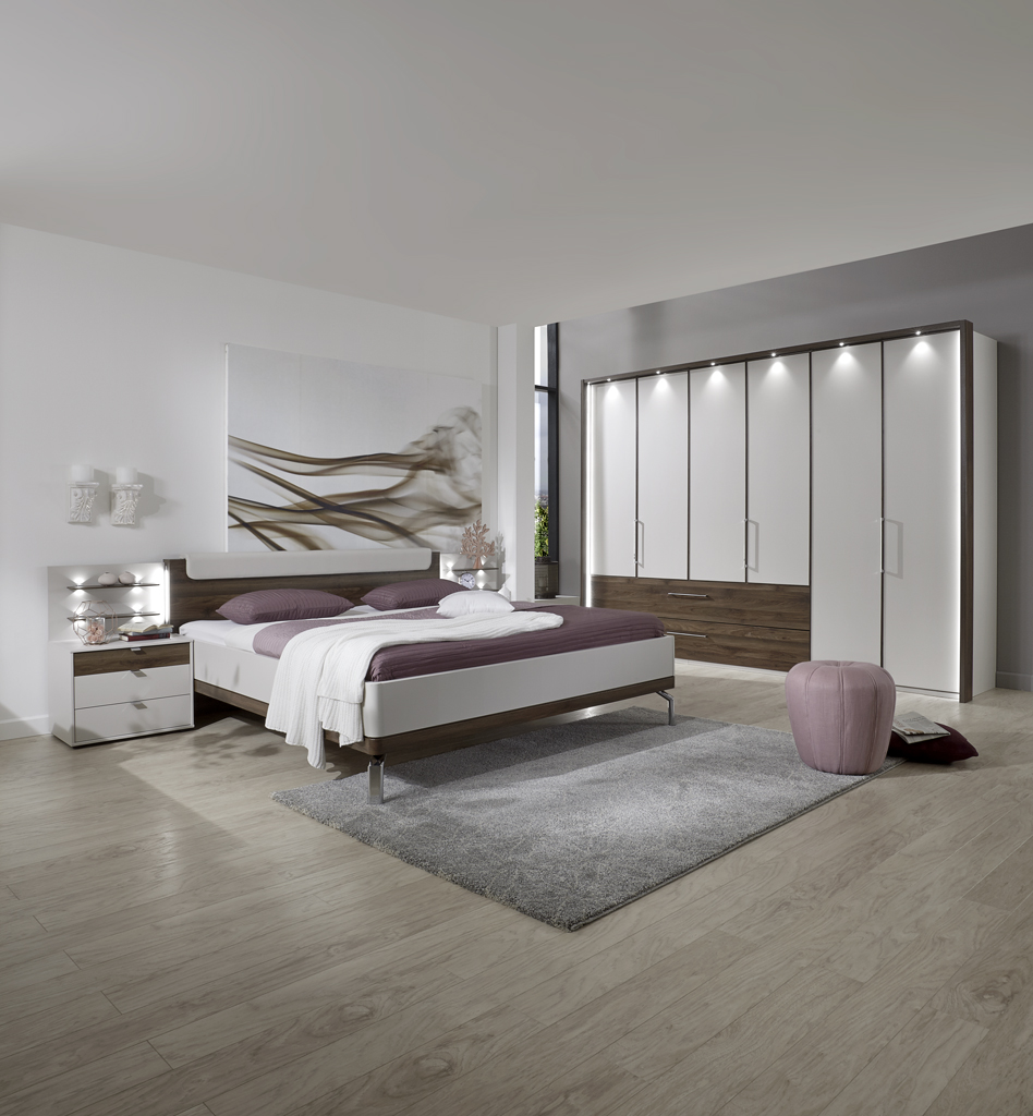 CATANIA 23282 15 mFuDTS300cmH220cmSK li. Bett mChromf. Naka 25Z.  HOCHFORMAT - Dormitor Catania (Wiemann)