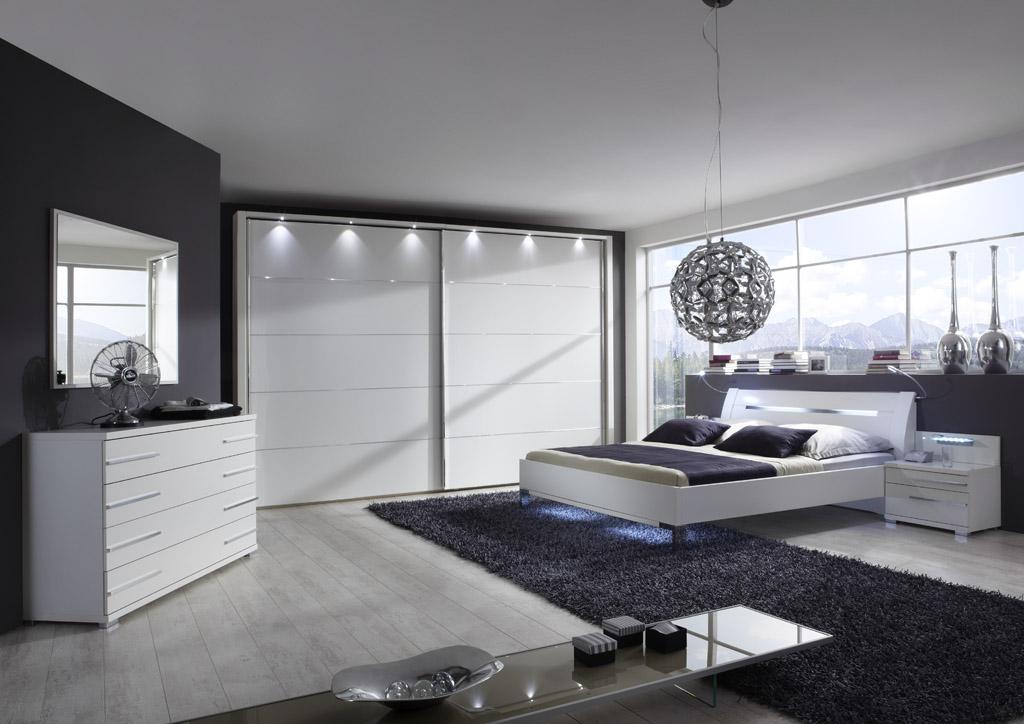 HOLLYWOOD4 14251 10 SZ alpinweiss mSWT350cmH236cm und Futonbett - Dormitor Hollywood4 (Wiemann)