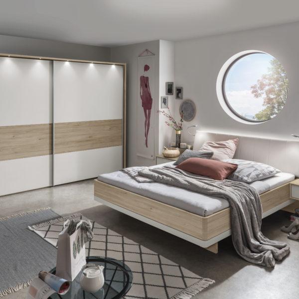 LUZERN 00419 19 2 Steineiche NB Abs.Champ . SWT300cm H217cm Bett 180x200cm.tif 600x600 - Dormitor Luxor3&4 (Wiemann)