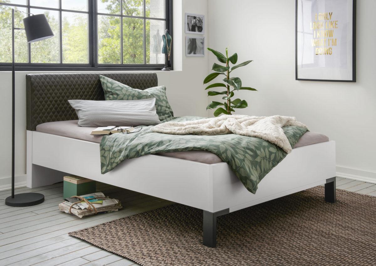 MONTREAL 00848 19 Weiß schwarz Bett 140x200cm 1200x848 - Dormitor Montreal (Wiemann)