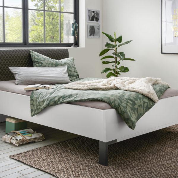 MONTREAL 00848 19 Weiß schwarz Bett 140x200cm 600x600 - Dormitor Montreal (Wiemann)