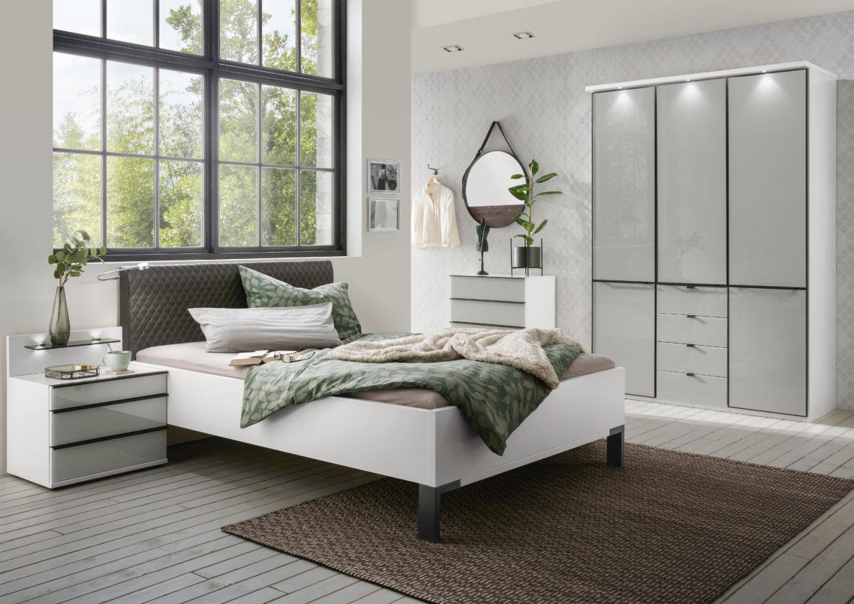 MONTREAL 00854 19 Weiß schwarz FKTS 150x216cm Gl.Kgrau Kranzleiste Bett 140x200cm m.Bel . 1200x849 - Dormitor Montreal (Wiemann)