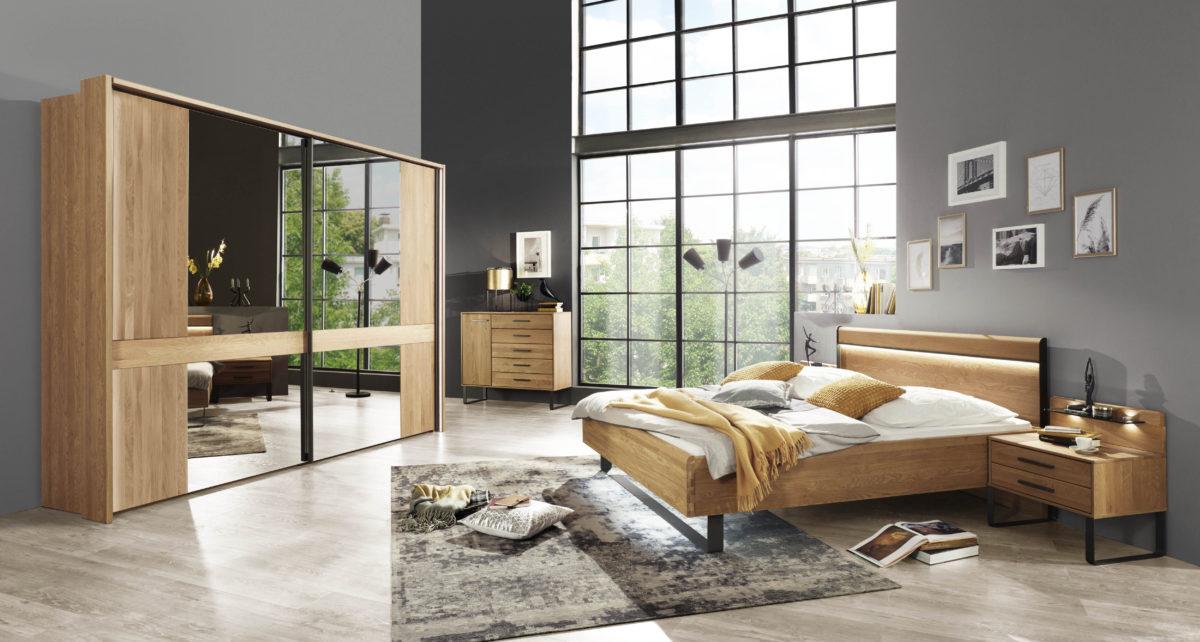 TURIN 189 19 EICHE TM SWT 300CM 4 Spiegel Bett 180x200 mit Holz KT u. Kufe Naka 2SK mit Kufe 1200x642 - Dormitor Turin (Wiemann)