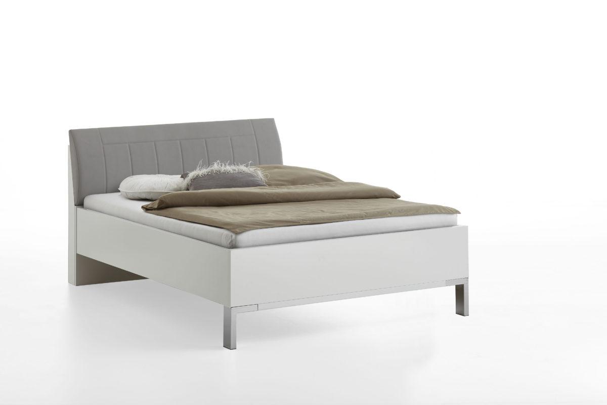 VIGO 970 19 Weiß Bett 140x200cm Polster Kgrau 1200x800 - Dormitor Vigo (Wiemann)