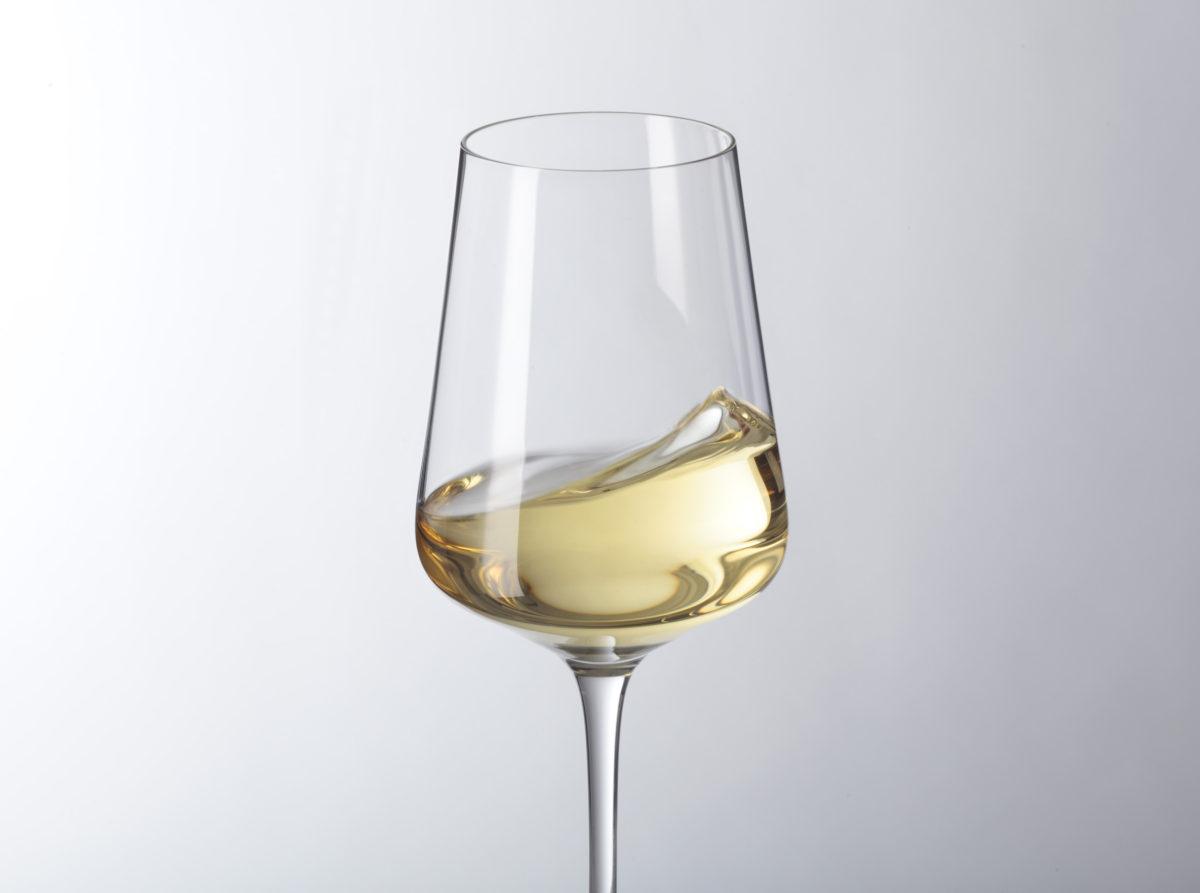 069553 2 1200x893 - Pahar pentru vin alb Puccini 560 ml (L069553)