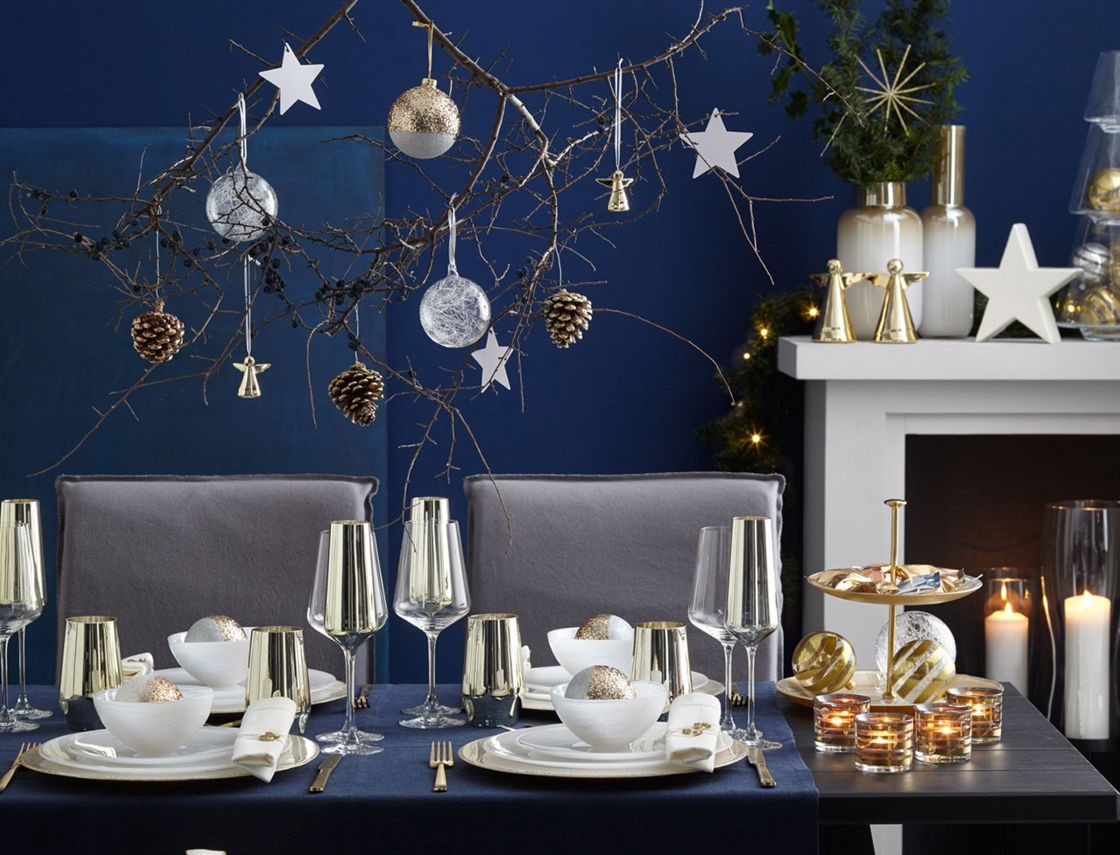deco de table de noel nos inspirations pas cher bleu or chic et avec thumbnail et deco table 31 decembre 59 1120x855px deco table 31 decembre - Etajera d'Oro white/gold (L028489)