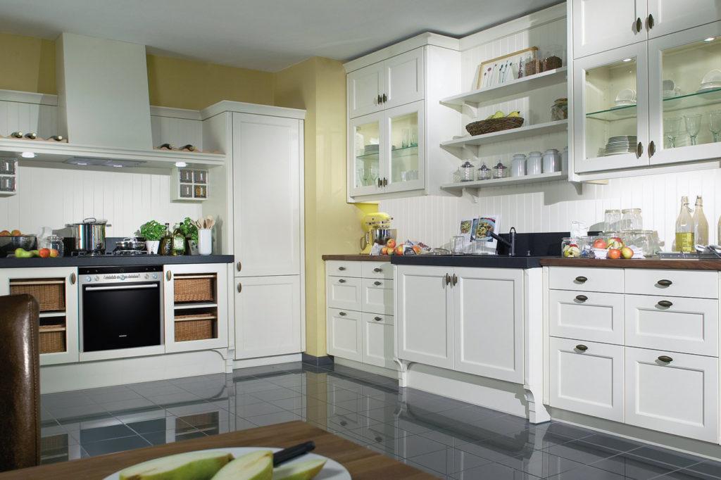1340 1024x682 - Белая кухня – 7 идей дизайна и практические советы.