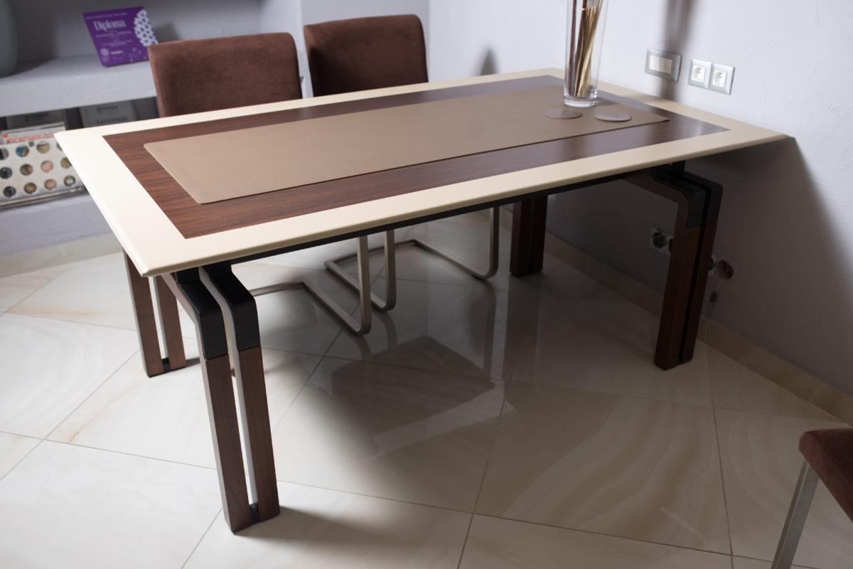 IMG 7424 1200x800 - Masă de birou I4 Mariani (Italia)